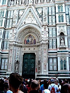The Duomo: Cliche Tourist Angle